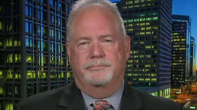 Former Border Patrol chief: Caravan has 'core of violence'