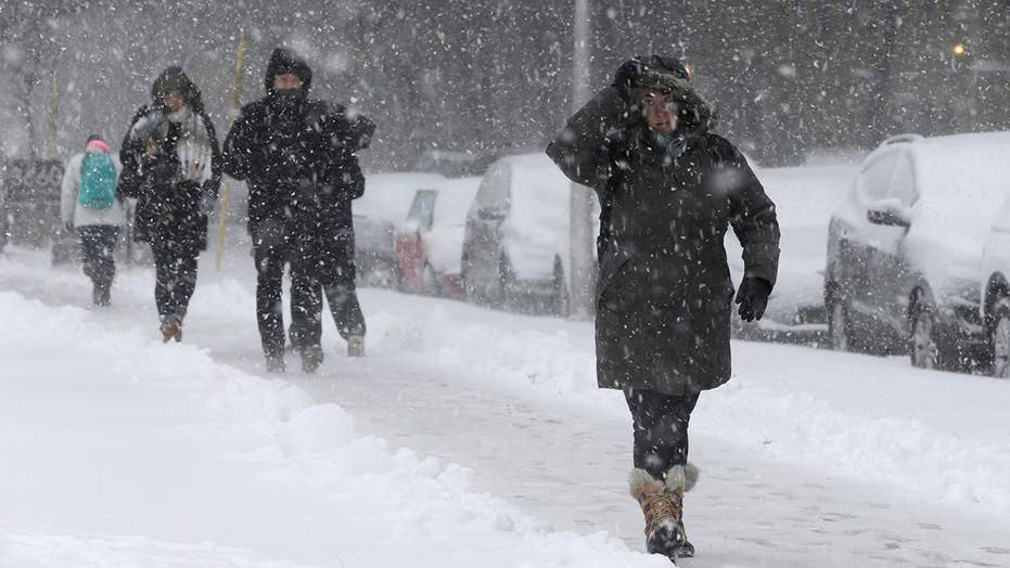 Blizzard-like conditions blast Midwest