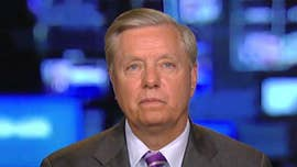 Lindsey Graham: Trump should 'dig in and not give in' on border wall fight