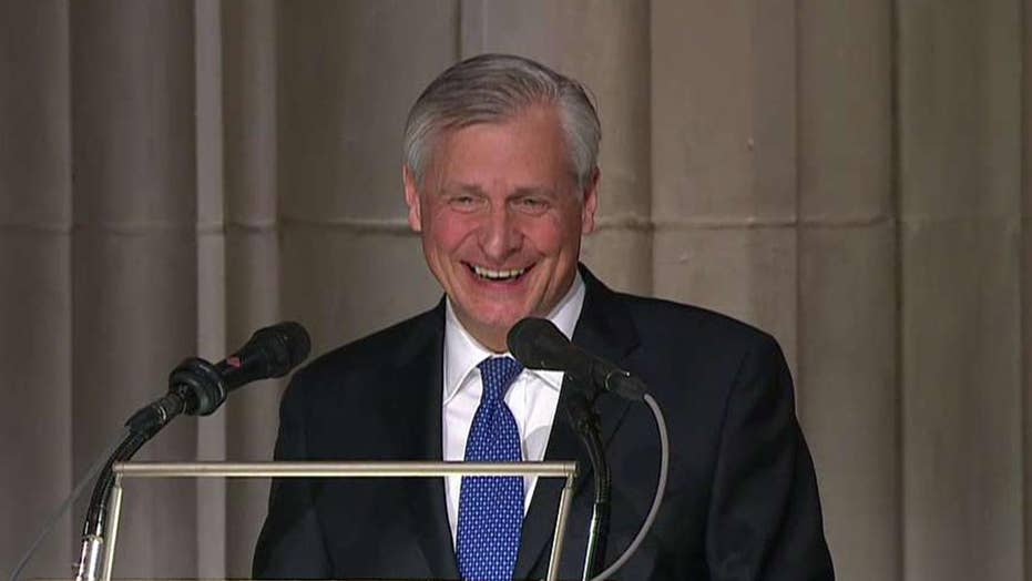 Meacham draws delight during acknowledgment for George H.W. Bush