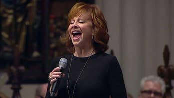 George H.W. Bush funeral: Reba McEntire delivers emotional performance of 'Lord's Prayer'