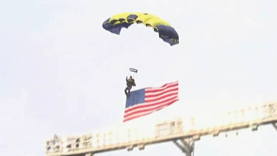 Golden Knights parachute team readies for Army-Navy game