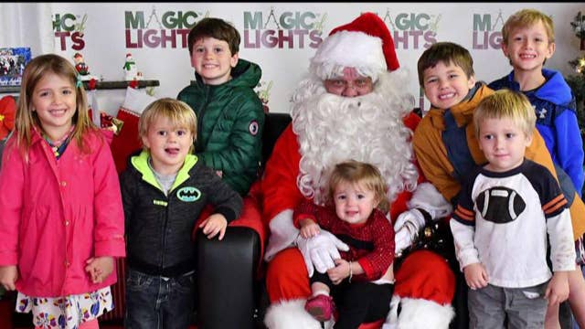 Tips to get the perfect family photo with Santa