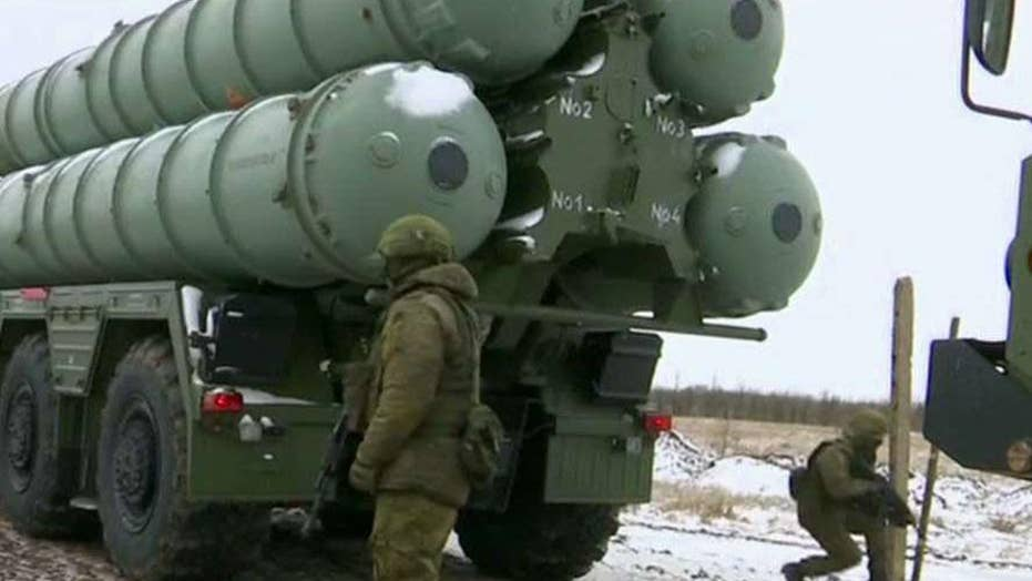 Russian military building up along Ukrainian border
