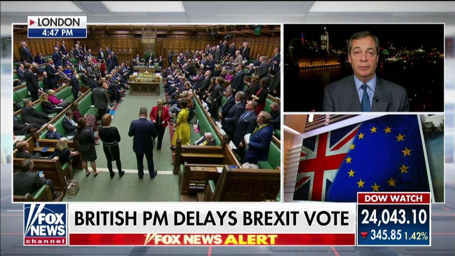 Farage Slams May After Delayed Brexit Vote: UK Moving Closer to 'Constitutional Crisis'