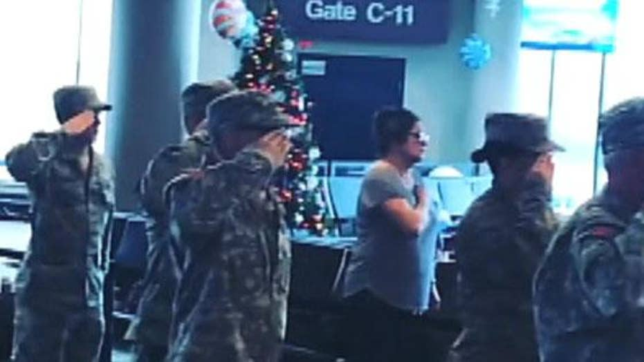 Tennessee airport pauses for national anthem
