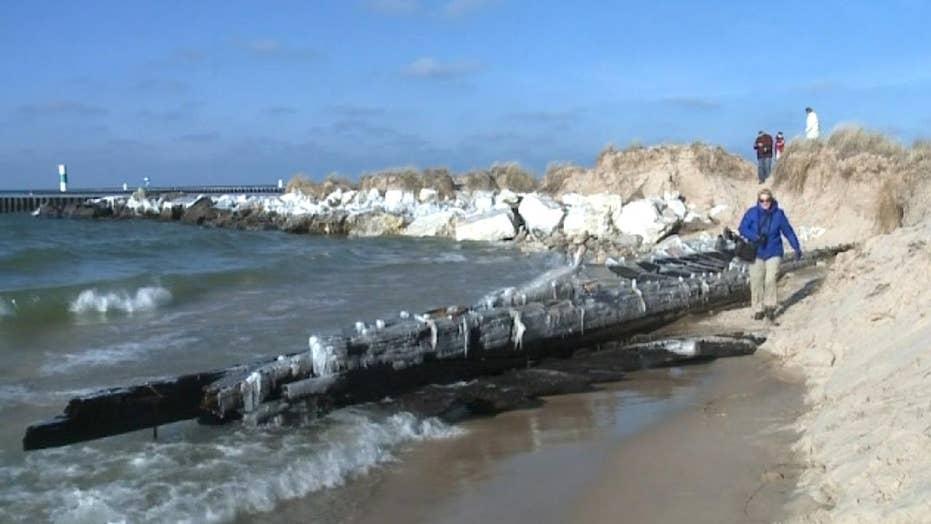 Mystery shipwreck creates buzz on social media, draws crowds