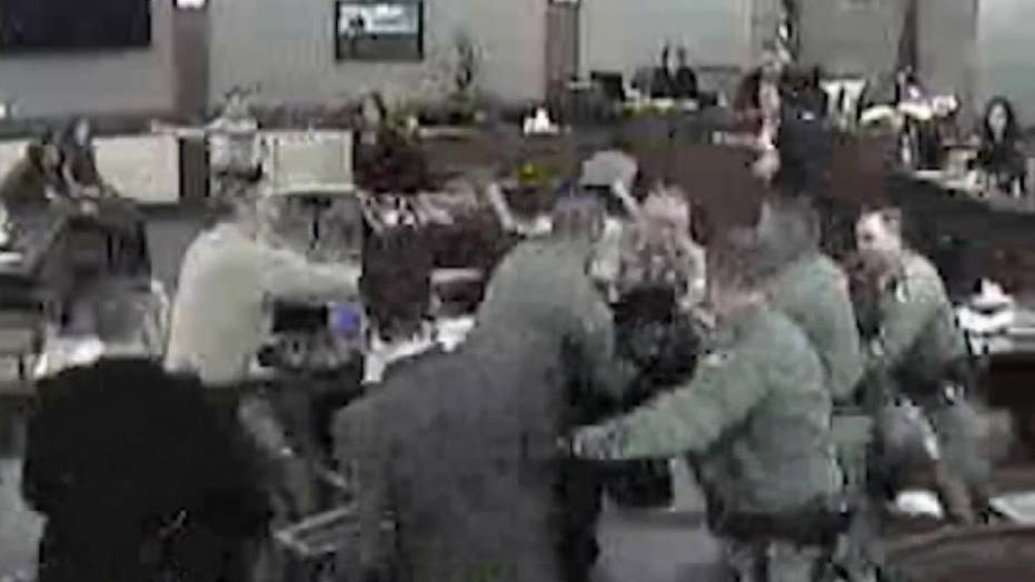 Convicted child abuser attacks prosecutors in courtroom
