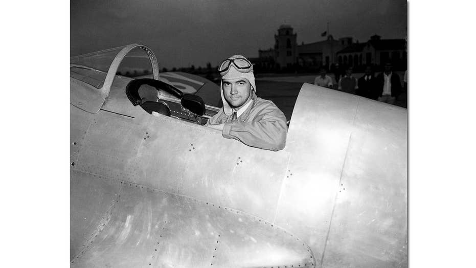 New, creepy details revealed about Howard Hughes in new book