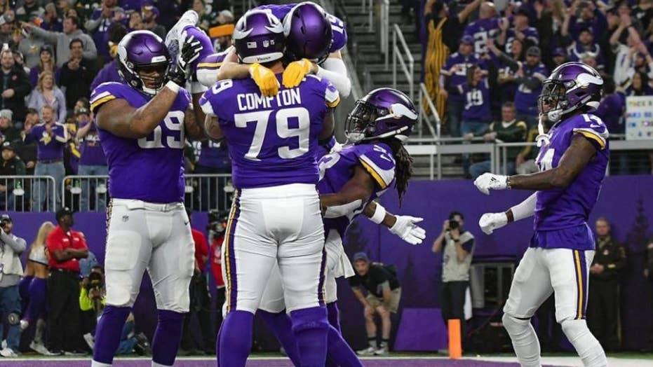 56e5655b5 Minnesota Vikings fan puts team s home stadium up for sale on ...