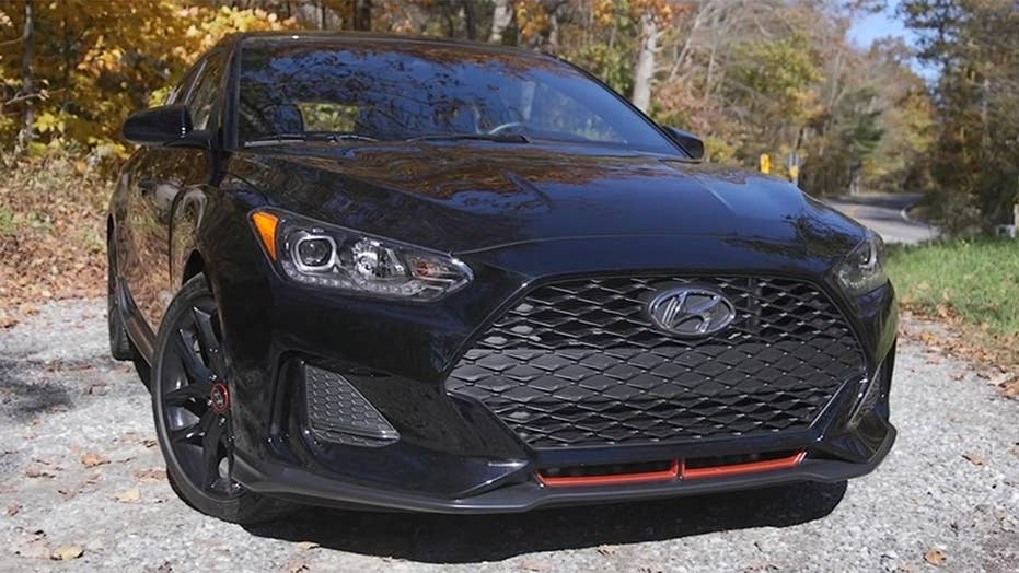The Hyundai Veloster Turbo R-Spec is an peculiar sports car
