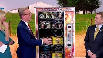 Bacon vending machine serves up favorites on 'Fox & Friends'