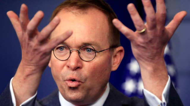 Trump names Mulvaney 'acting' chief of staff