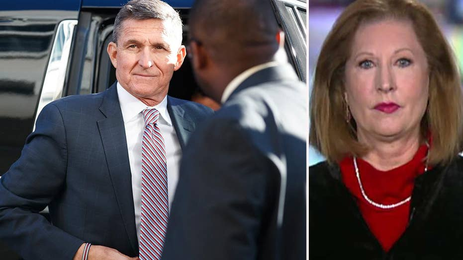 Former federal prosecutor reacts to Flynn's delayed sentence