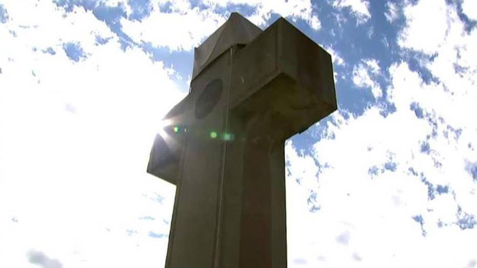 Fight over cross-shaped World War I memorial in Maryland could impact hundreds of monuments across country