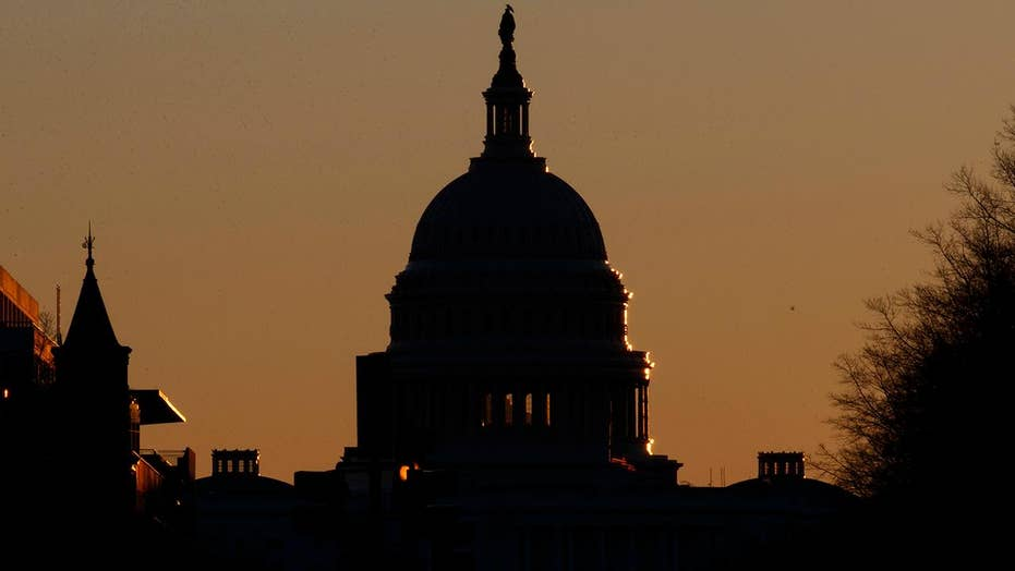 Congress reconvenes then adjourns until Monday with no end to government shutdown in sight