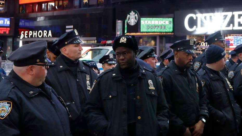 Police step up security ahead of Times Square New Year's Eve celebration