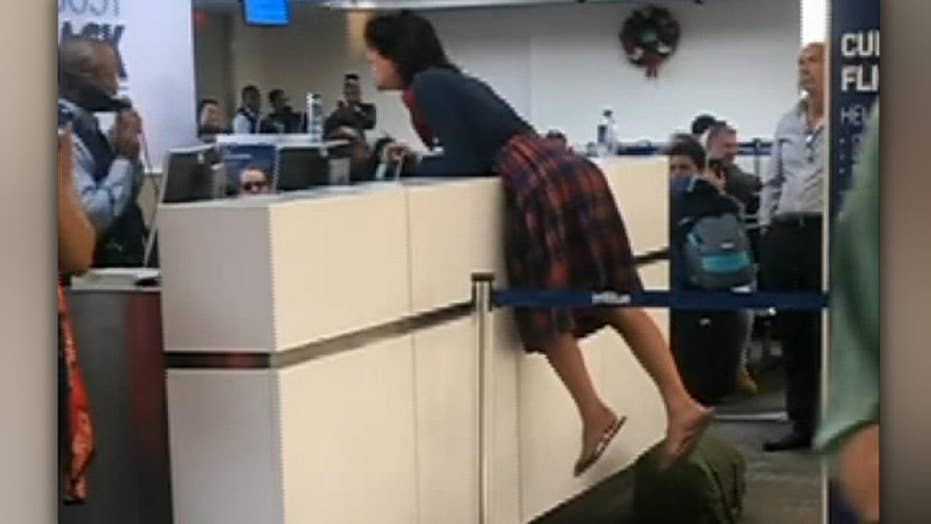 Woman has meltdown at Florida airport after her flight was canceled