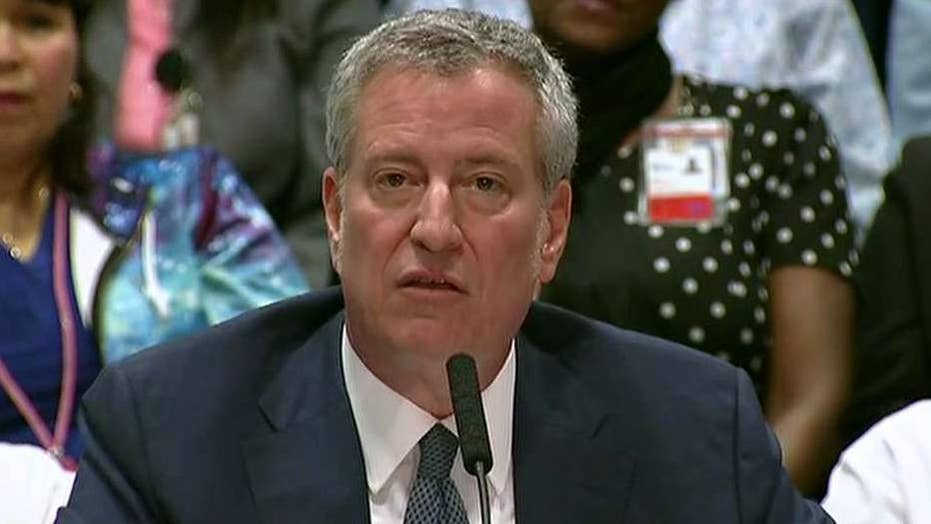 Mayor Bill de Blasio announces health care coverage for all New York City residents, including illegal immigrants