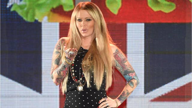 Jenna Jameson quits Twitter over anti-Semitic remarks, attacks on sobriety