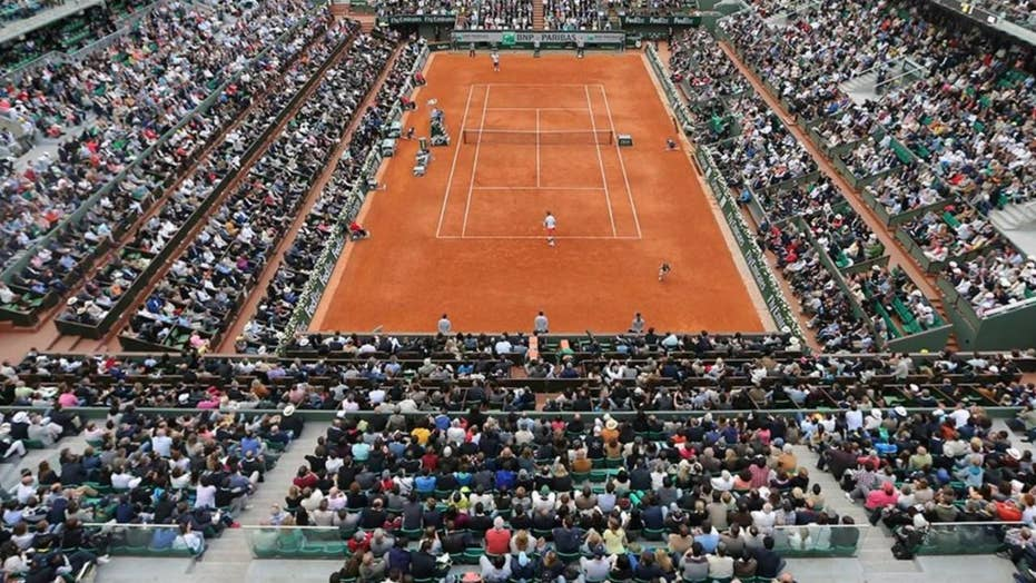Spanish officials arrest 15 in tennis match scheme