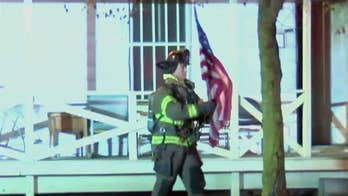 Firefighter saves American flag from Vietnam veteran's burning home