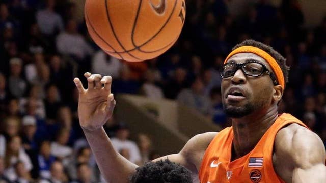 NCAA's unranked Syracuse stuns Number 1 ranked Duke 95-91
