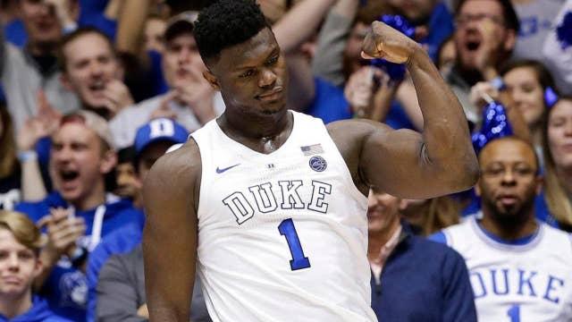 Duke freshman Zion Williamson throws down incredible dunk