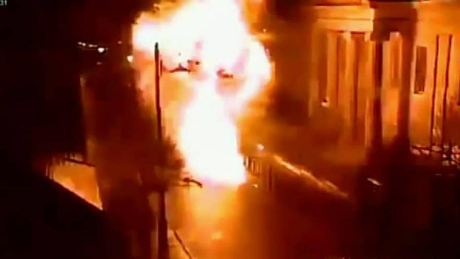 Raw video: CCTV footage shows car bomb explosion outside Londonderry courthouse