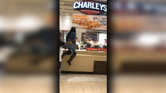 Fight breaks out at Charley's Philly Steaks restaurant in Texas food court