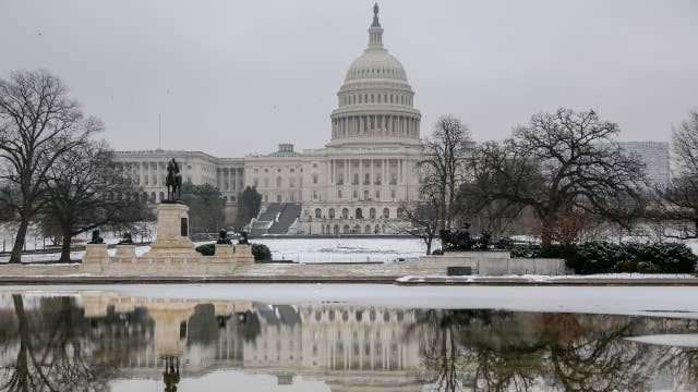 Cracks emerge on both sides of the shutdown fight