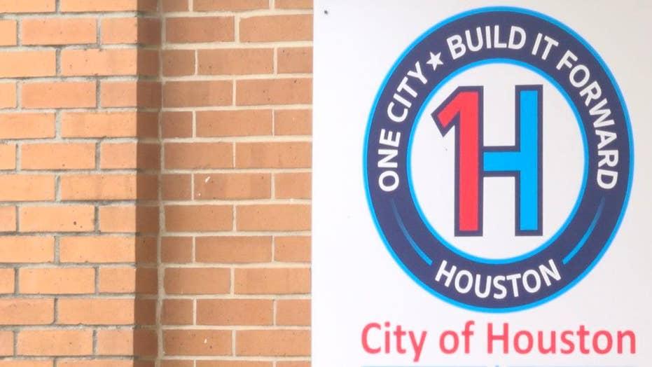 Houston unveils housing help for Harvey victims