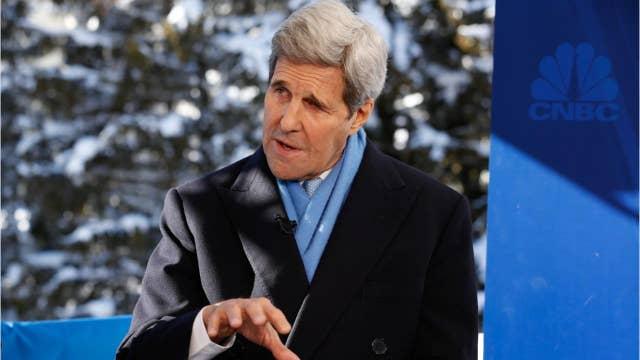 John Kerry says Trump should resign