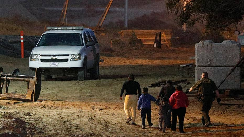 US will begin sending asylum-seekers back to Mexico in bid to end 'catch and release,' deter future immigrants