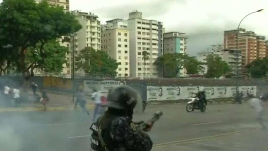 Is there a chance for a peaceful transfer of power in Venezuela?