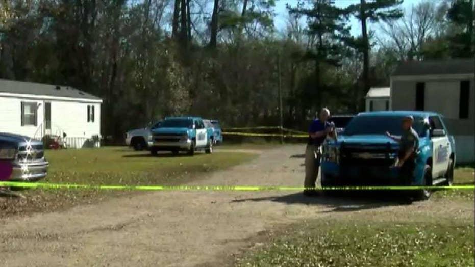 Manhunt underway for gunman in deadly Louisiana shooting spree