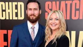 Kate Hudson poses with boyfriend Danny Fujikawa, all 3 kids in rare family photo: 'Loves of my life'