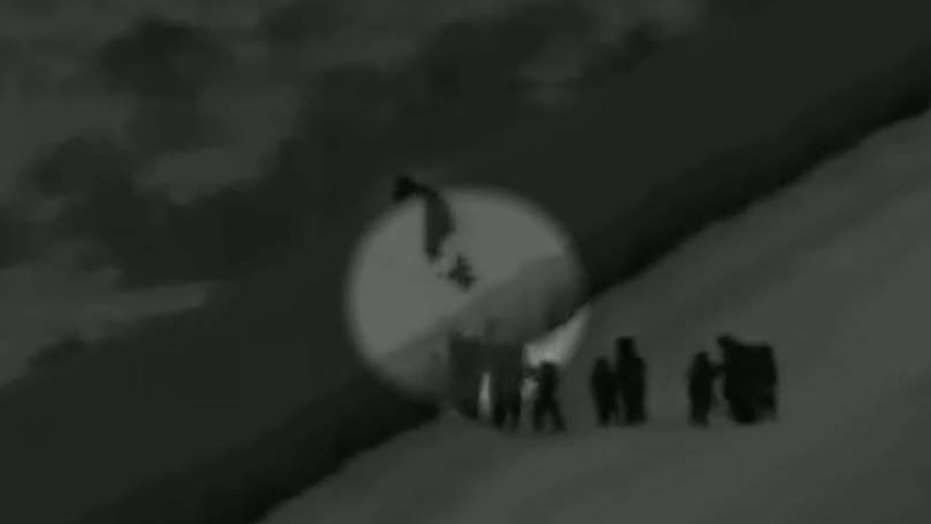 3-year-old girl seen falling over border fence in Yuma, Arizona
