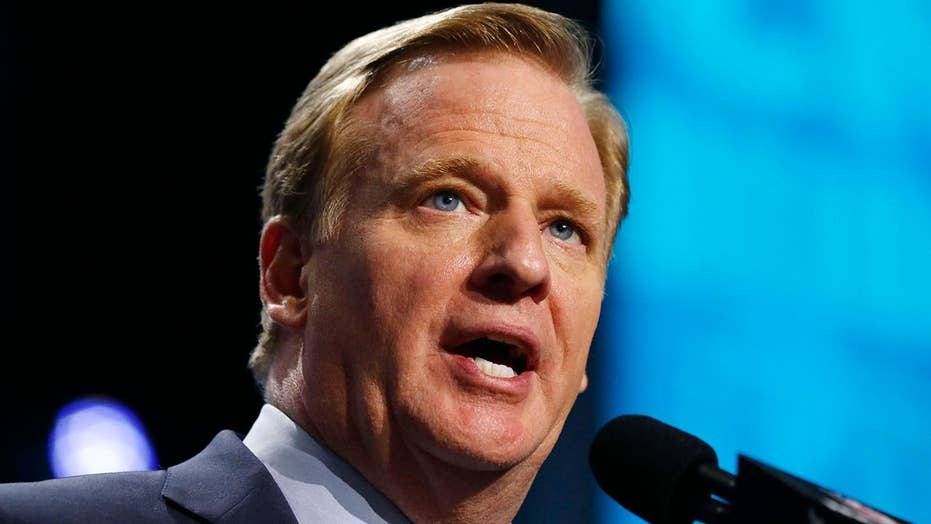 Goodell in hot seat during Super Bowl week over refereeing in playoffs, halftime show