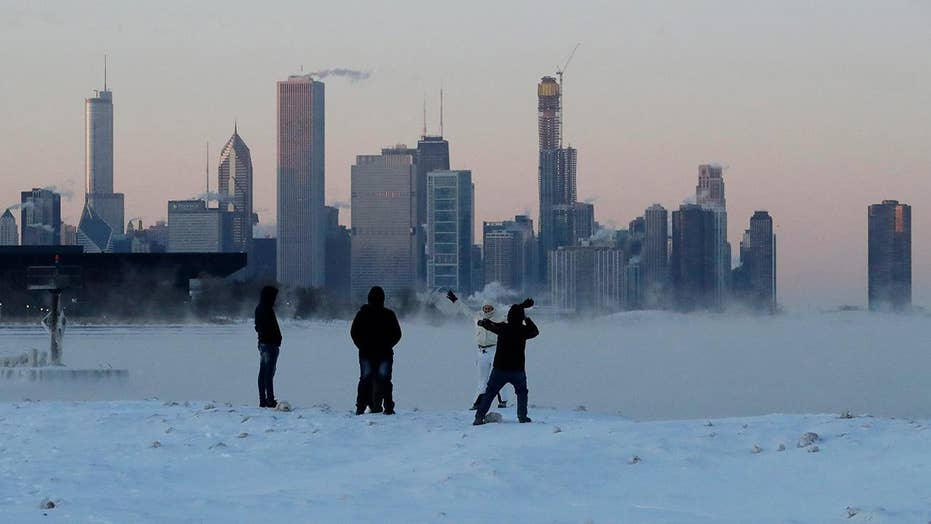 Sub-zero temperatures devastate northern plains, Midwest