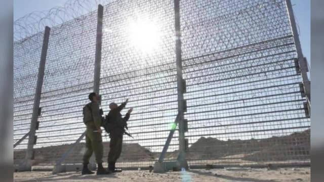 Israel: Construction underway on massive new barrier surrounding Gaza