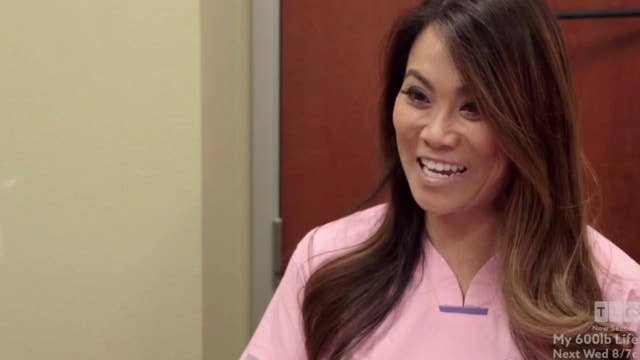Woman growing 'horn' seeks 'Dr. Pimple Popper's' help
