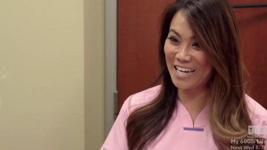 Woman flourishing 'horn' seeks 'Dr. Pimple Popper's' help