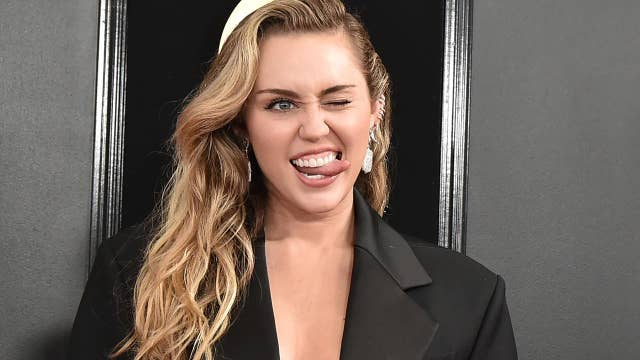 61st Grammy Awards: Red Carpet Fashion