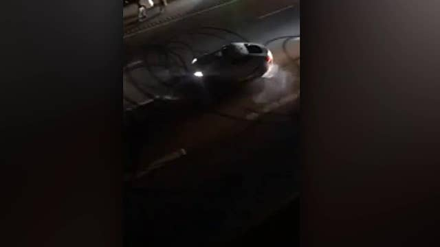 Driver doing doughnuts on Tennessee highway brings traffic to a halt