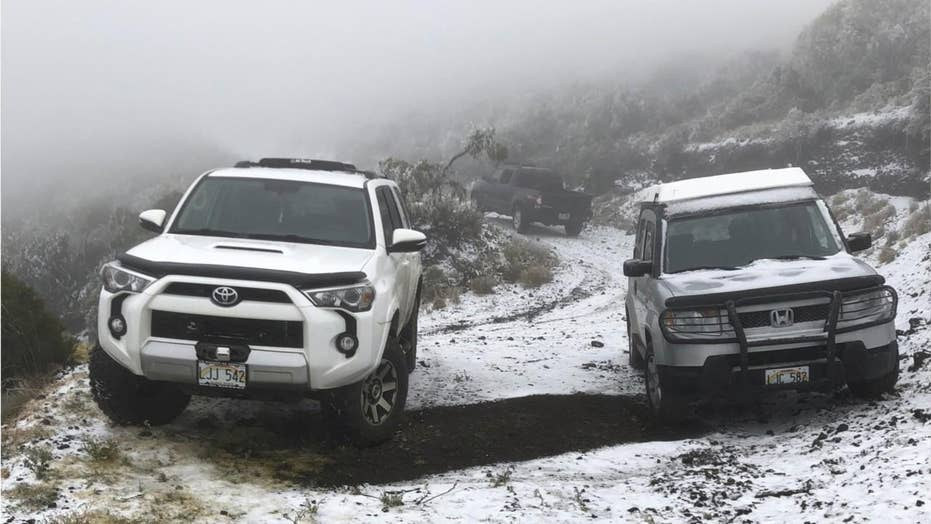 Hawaii sees unusual snow from strong winter storm