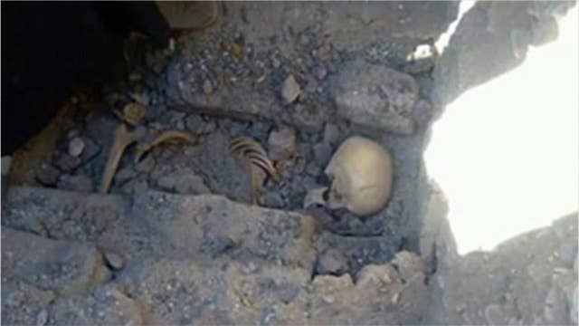 Teenage girl's skeleton discovered in mysterious grave near Egyptian pyramid