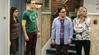 'Big Bang Theory' star Kaley Cuoco shares throwback pic of cast
