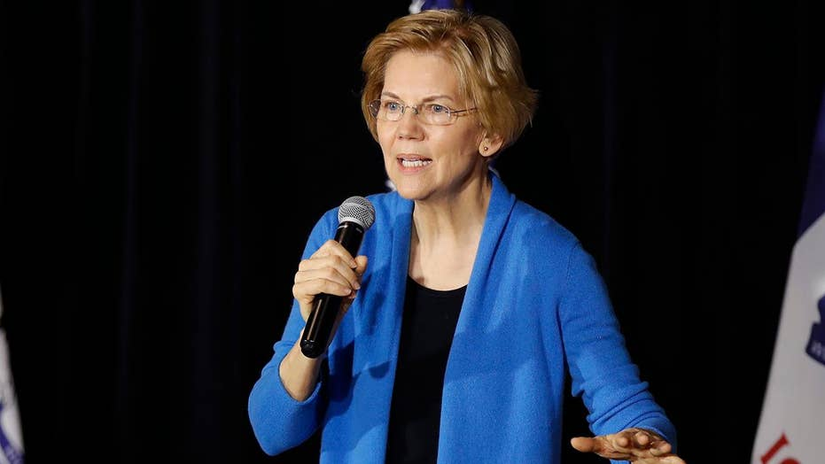 Warren appears at luncheon honoring Native American leaders