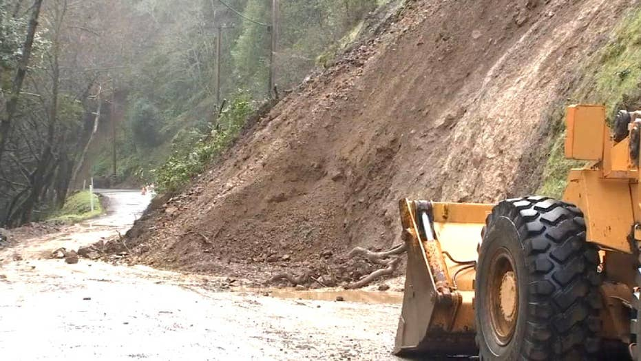 Torrential rain causes mudslides in California